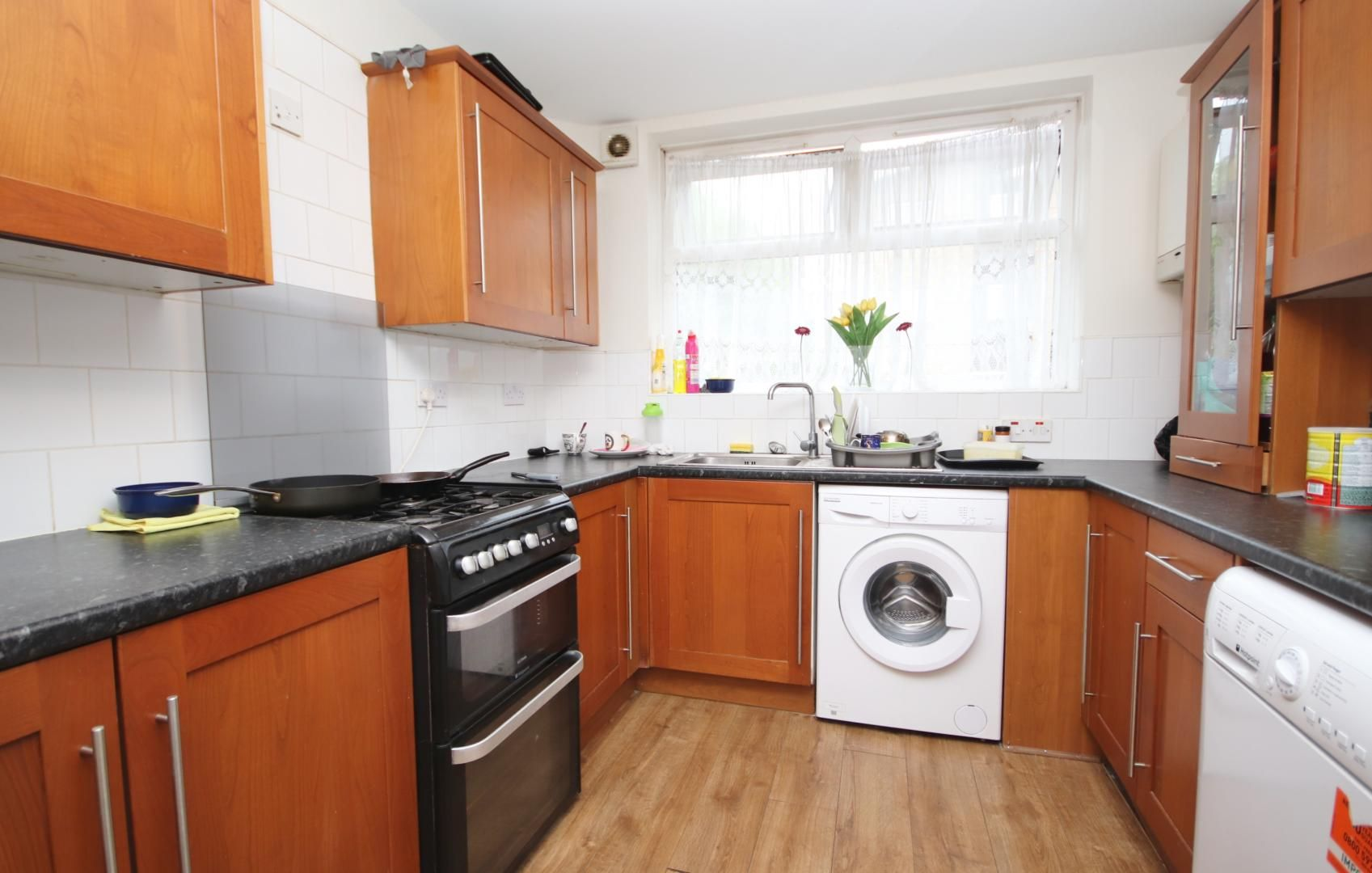 1 bed flat to rent in Pigott Street  - Property Image 3