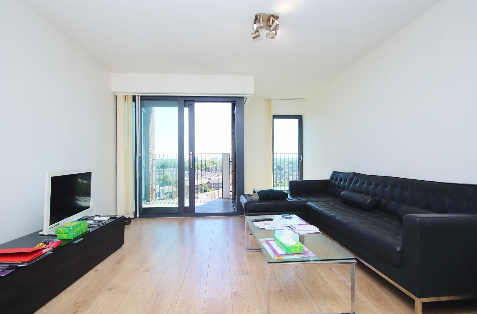 1 bed flat to rent in Azure Building, E15