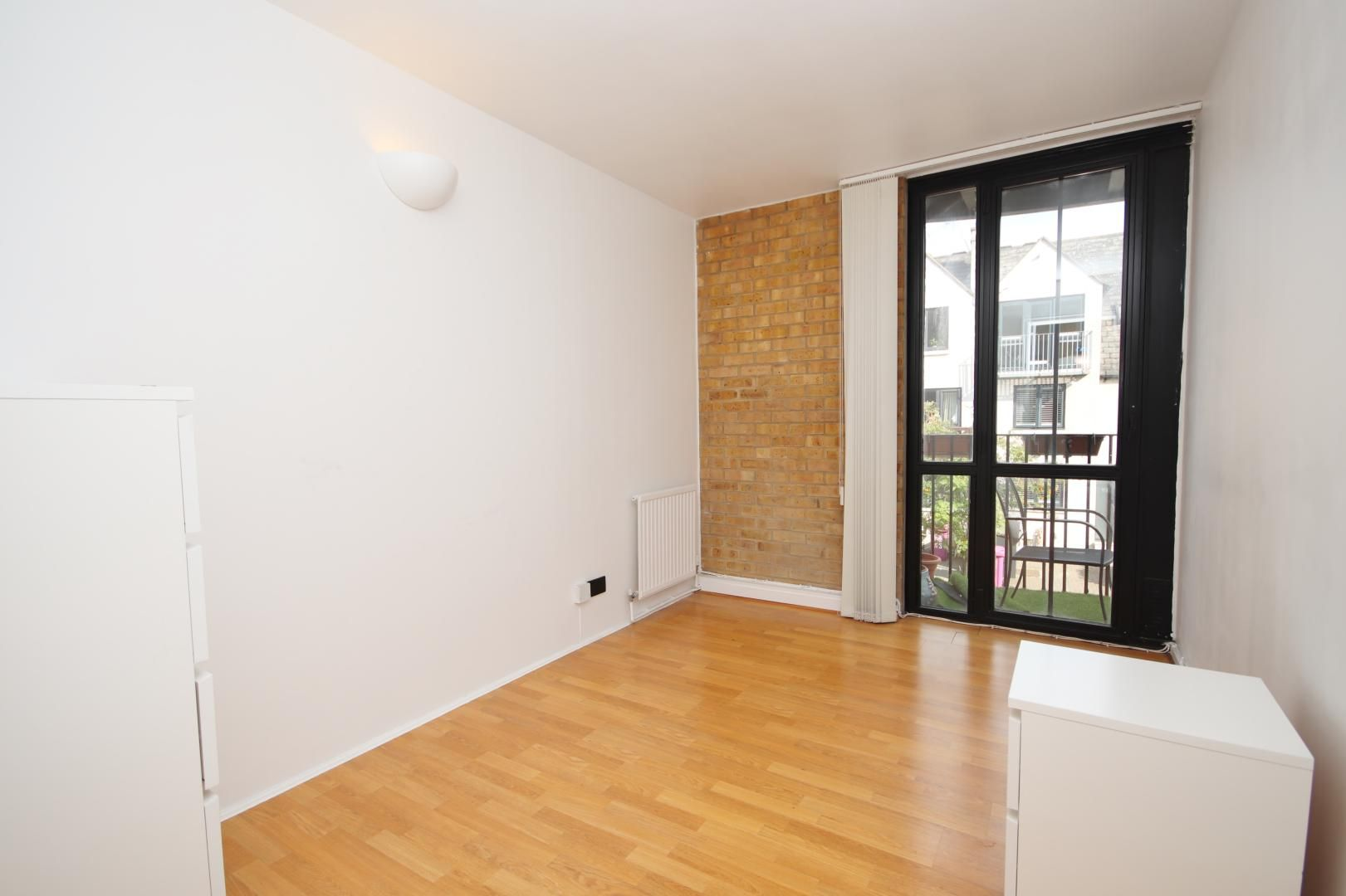 2 bed flat to rent in Port House  - Property Image 7