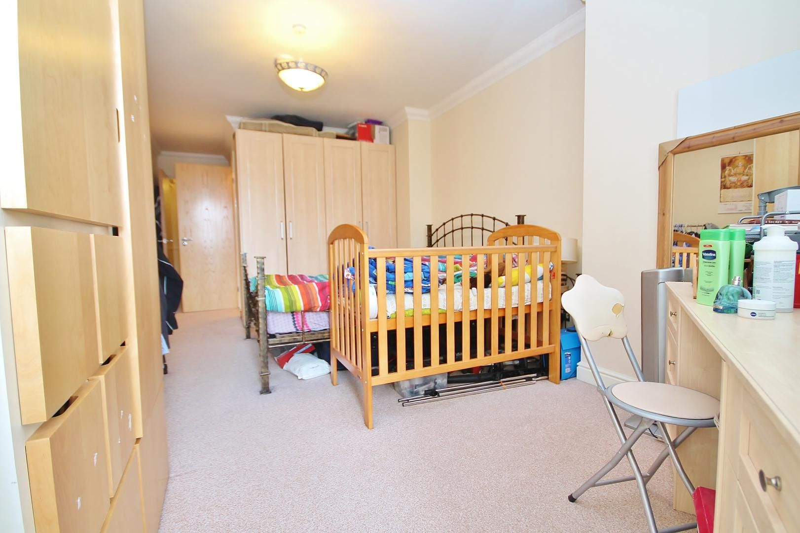 2 bed flat to rent in Hull Place  - Property Image 5