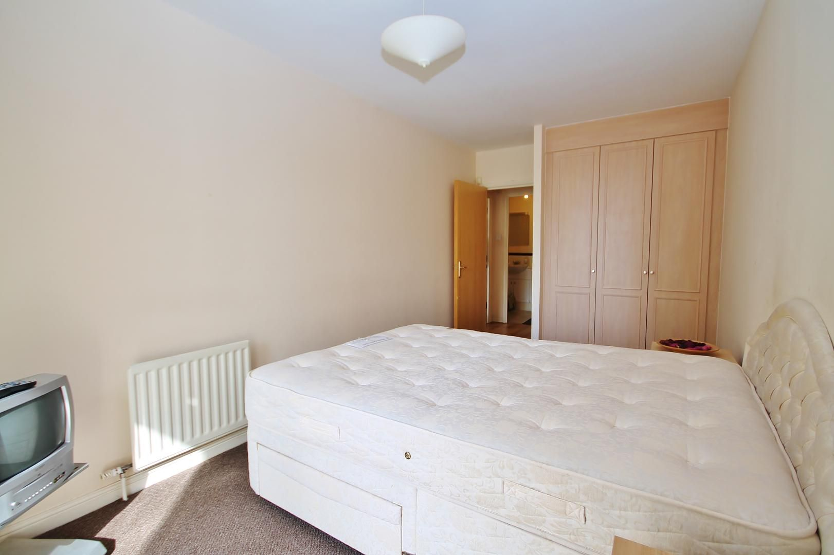 2 bed flat to rent in Maritime Quay  - Property Image 8