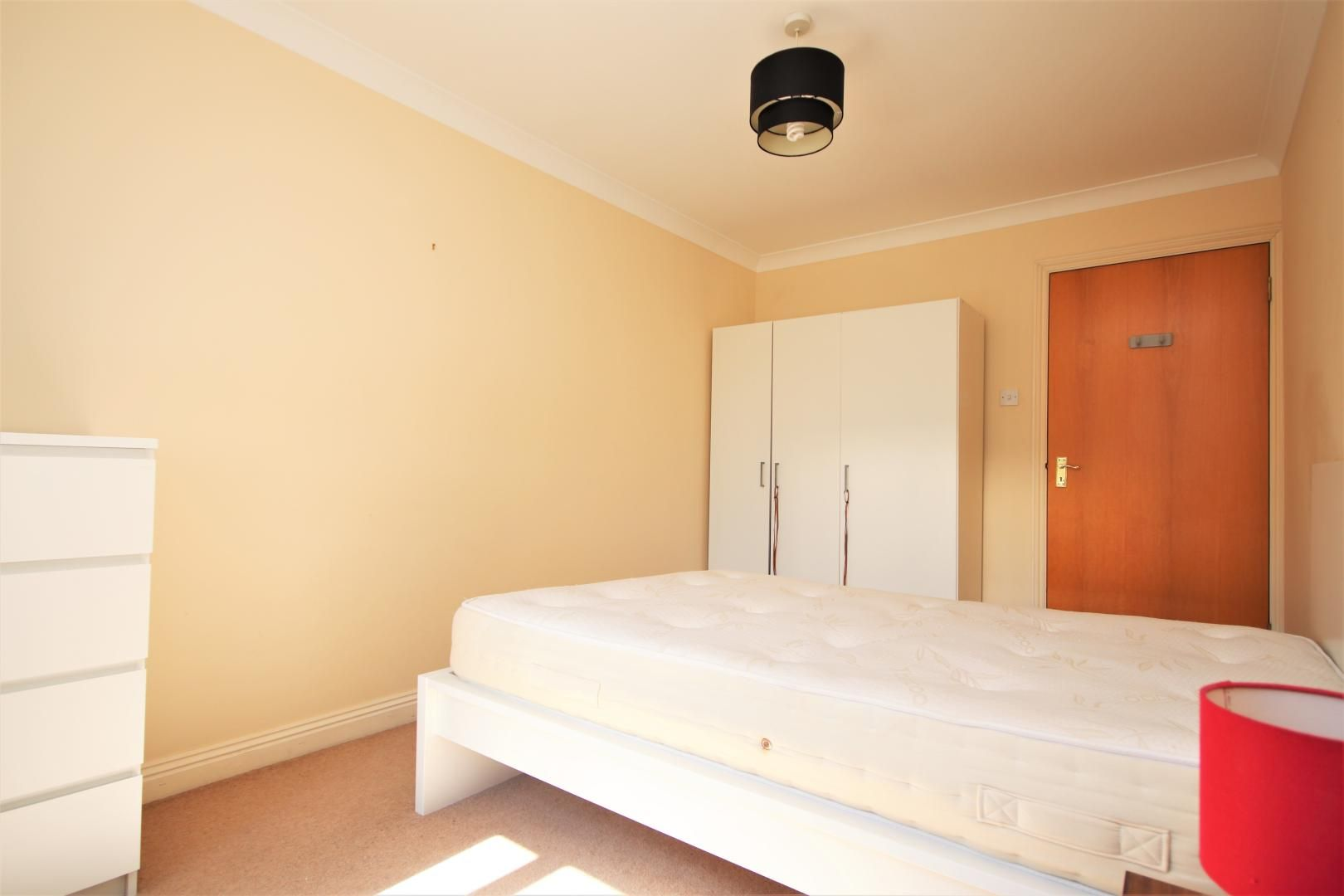 1 bed flat to rent in Brunel House  - Property Image 4
