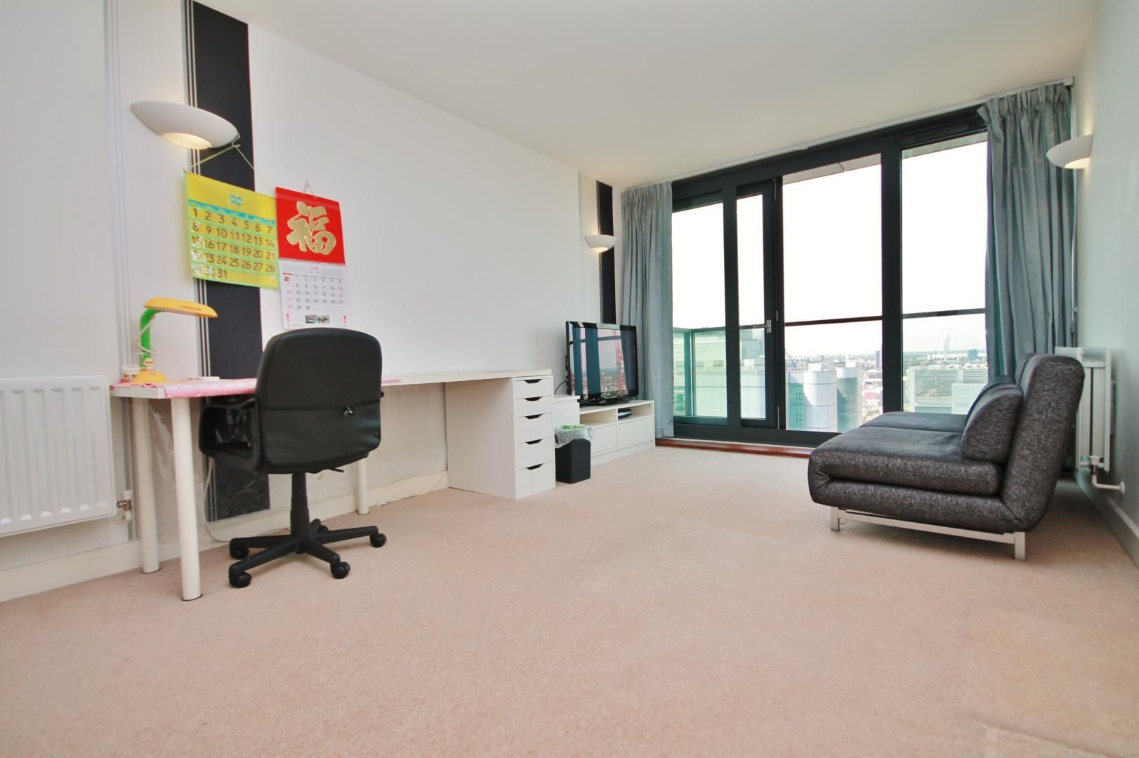 1 bed flat to rent in Blackwall Way, E14