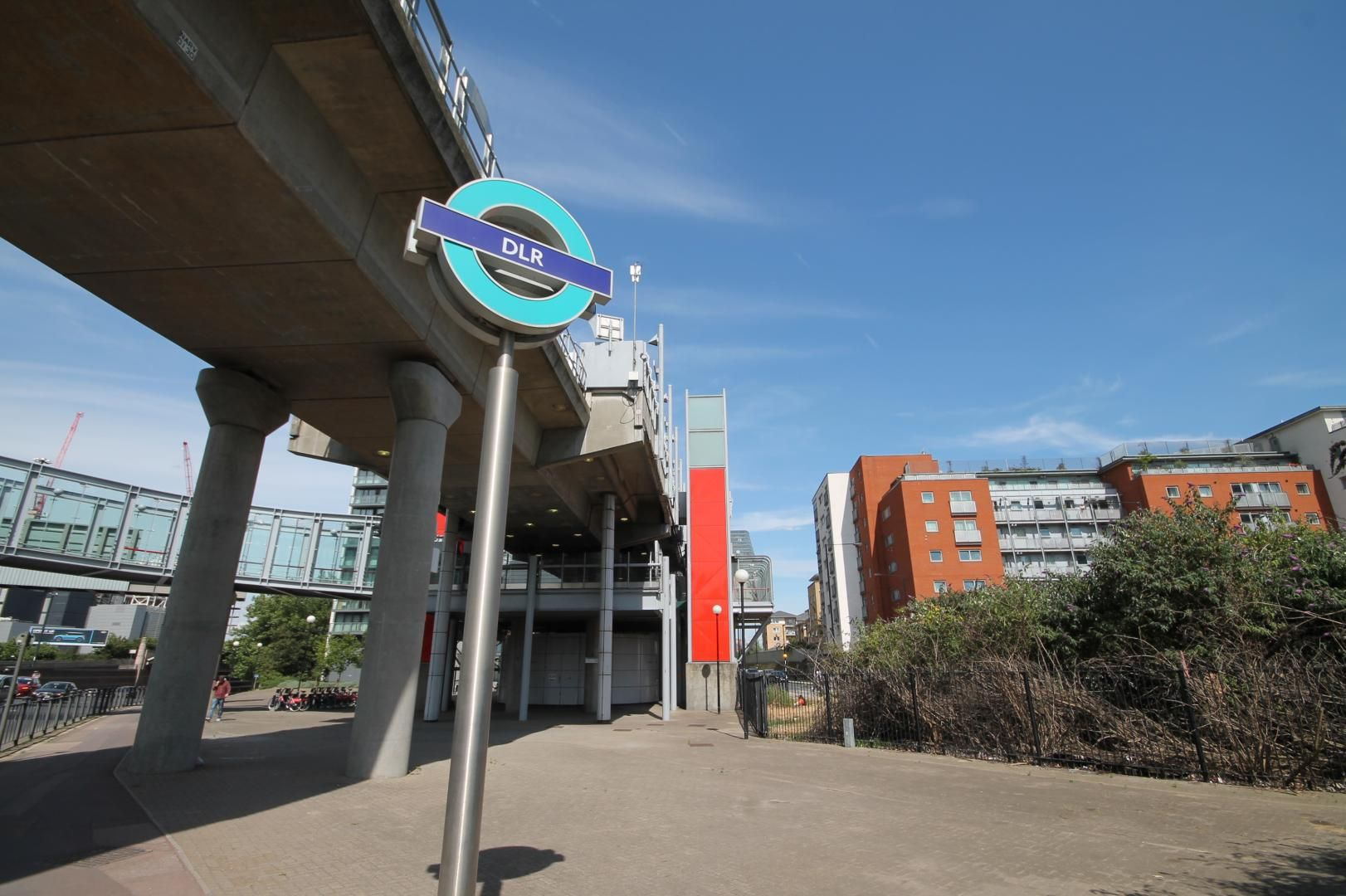 1 bed flat to rent in Blackwall Way  - Property Image 7