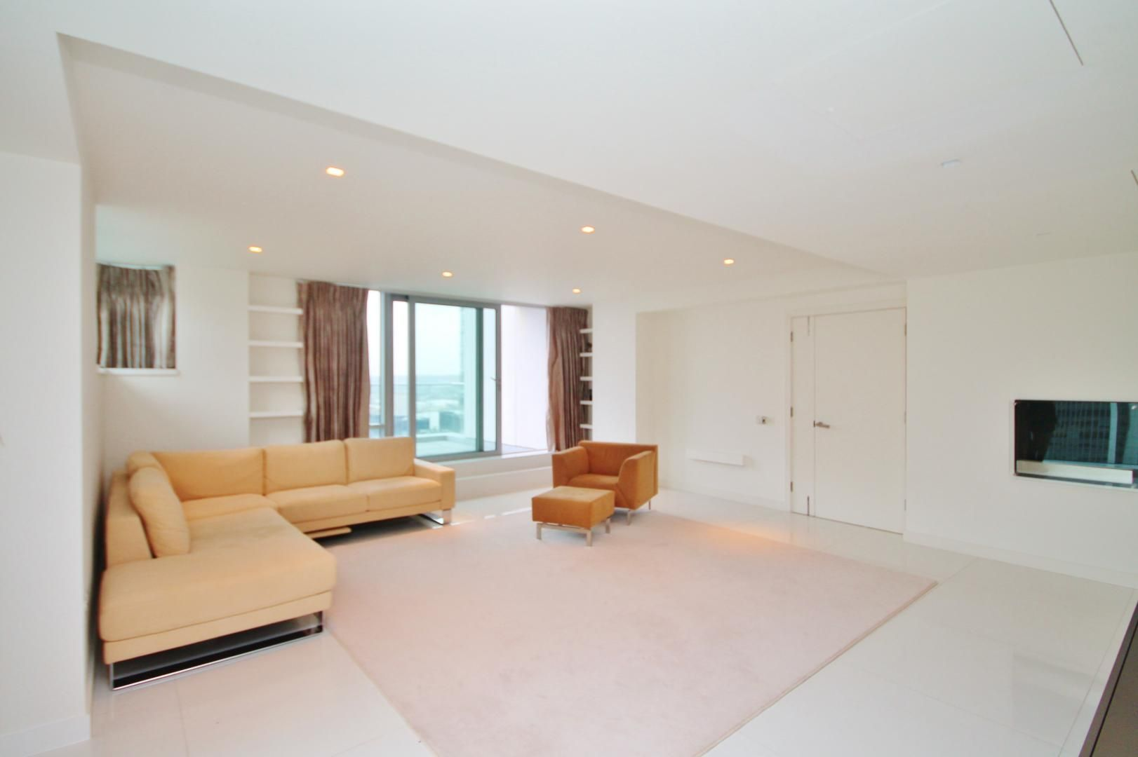 3 bed flat to rent in Pan Peninsula Square  - Property Image 3