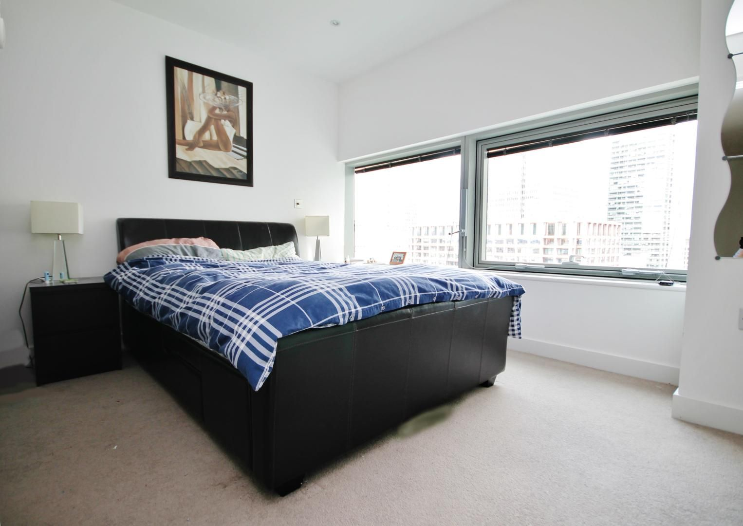 2 bed flat to rent in Marsh Wall  - Property Image 8