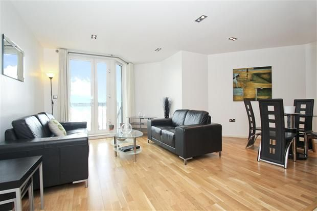 1 bed flat to rent in Limeharbour  - Property Image 3