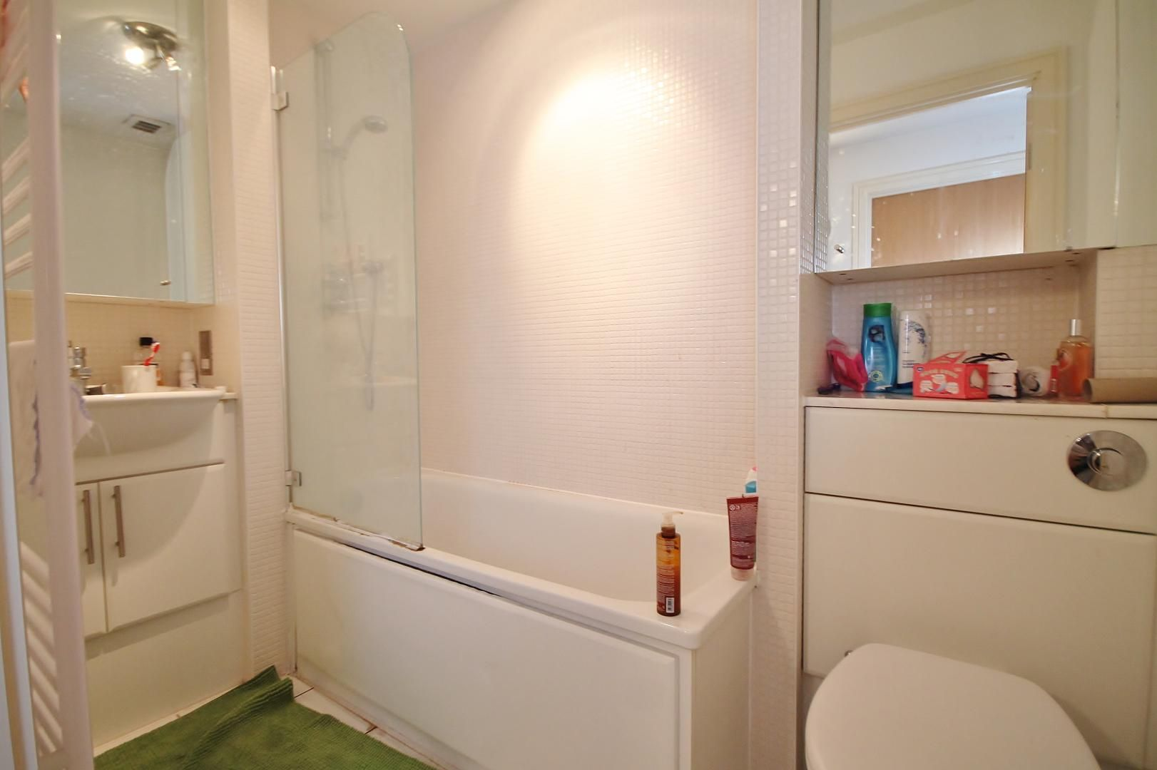 2 bed flat to rent in Cassilis Road  - Property Image 7