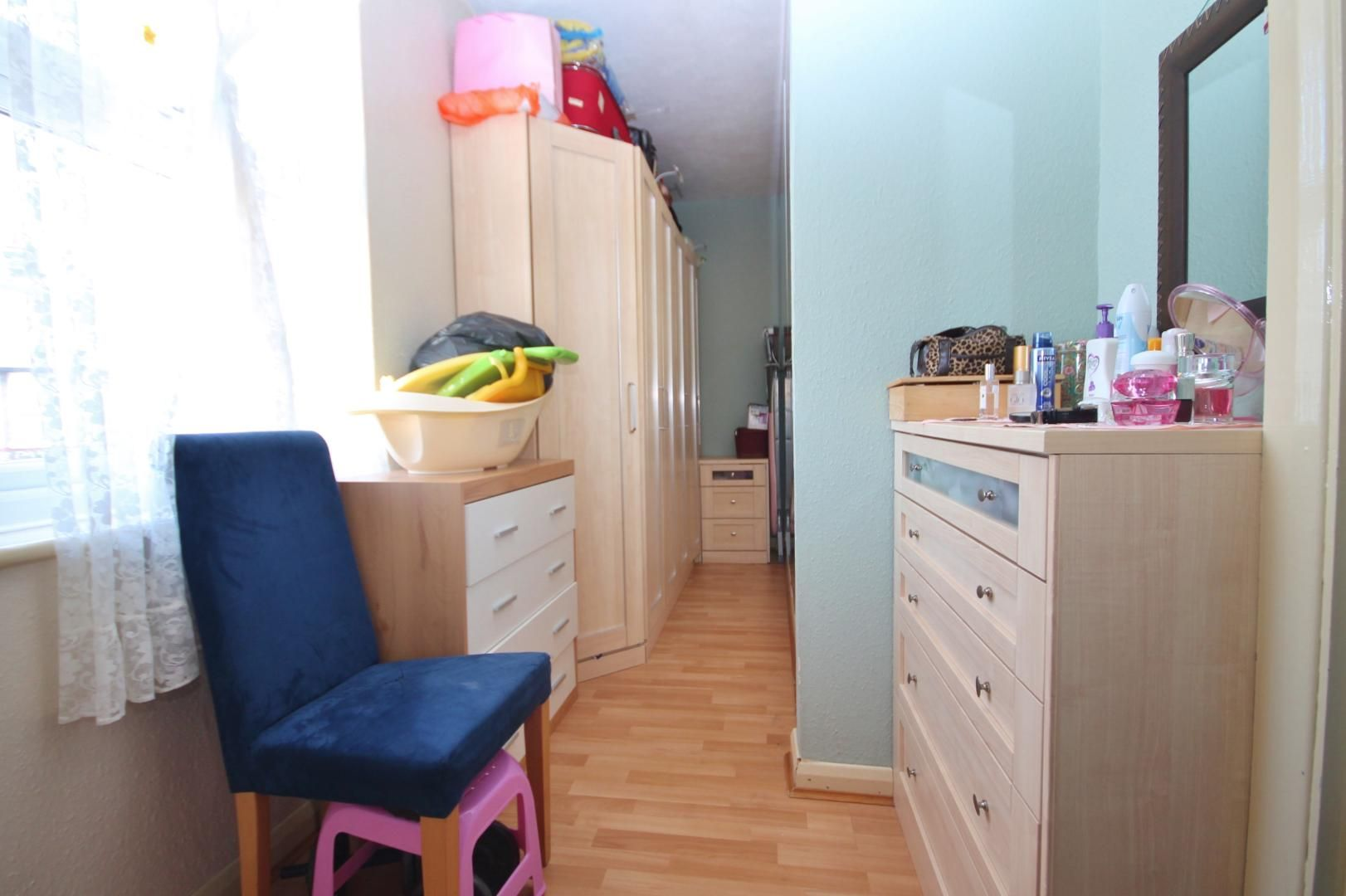 2 bed house to rent in Keith Road  - Property Image 10