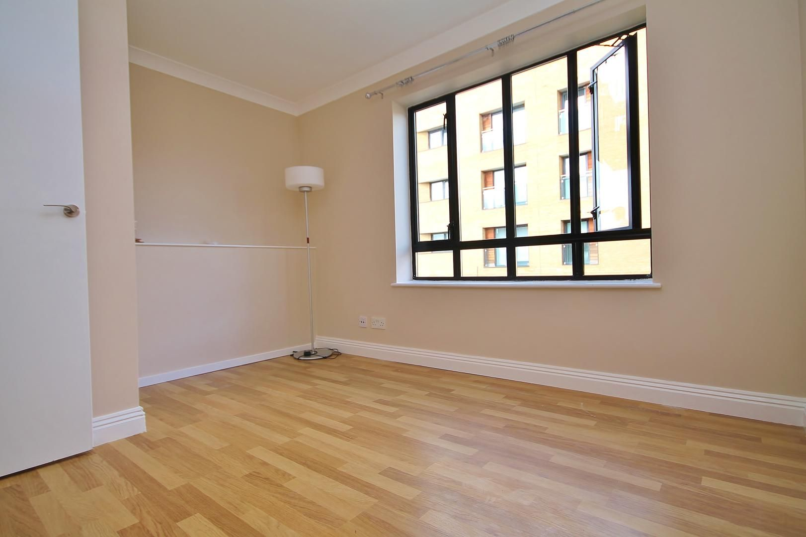 1 bed flat for sale in Ship Yard  - Property Image 3