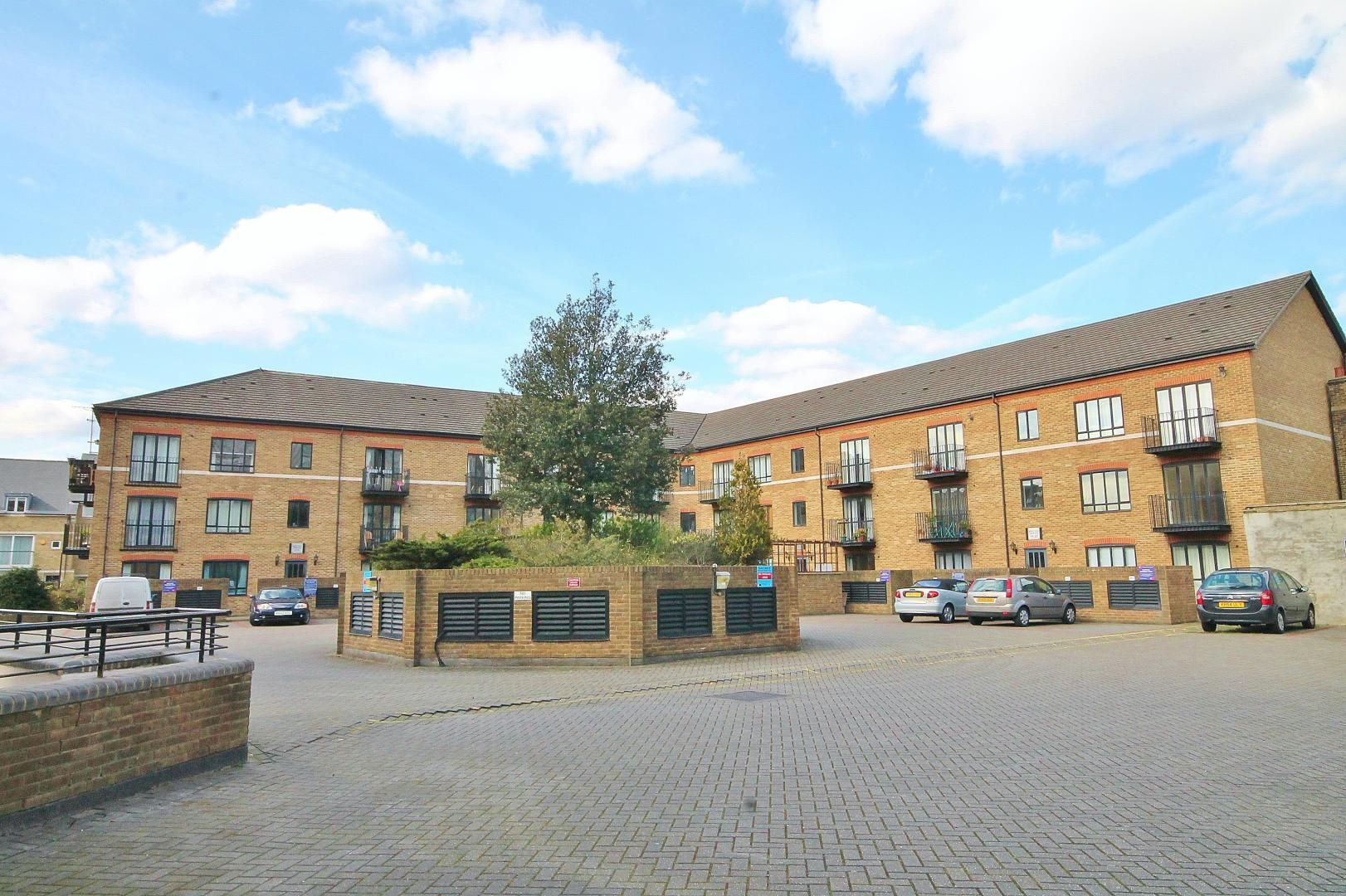 1 bed flat for sale in Ship Yard  - Property Image 6