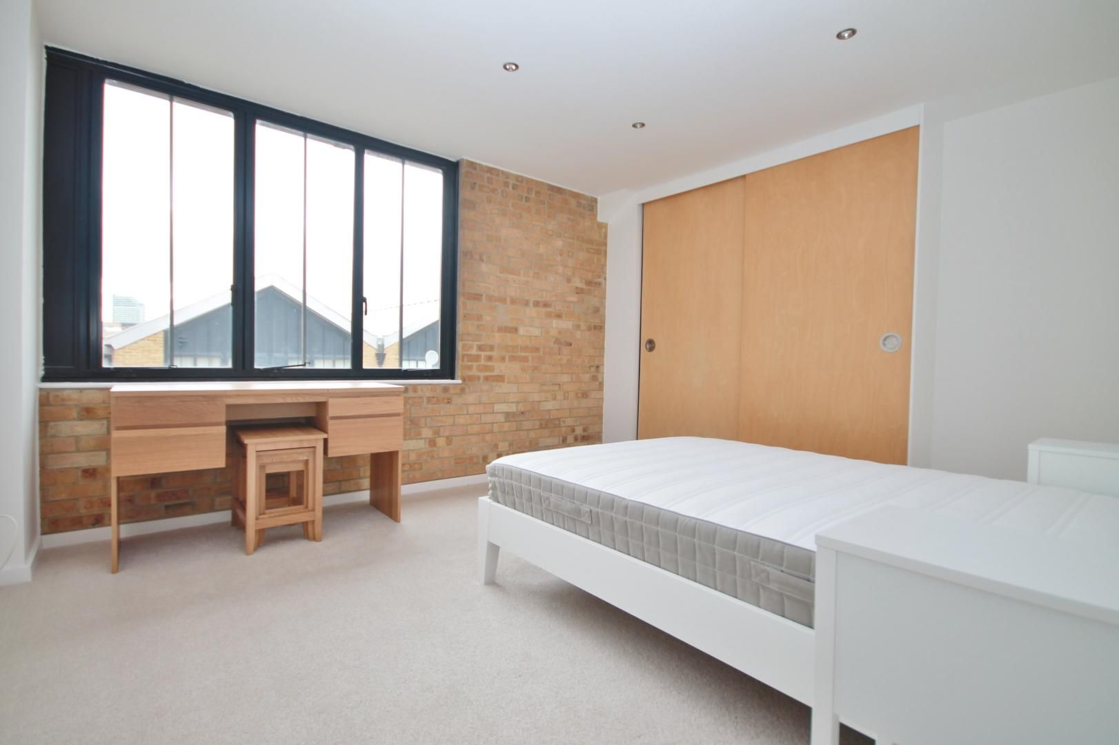 2 bed flat for sale in Burrells Wharf Square  - Property Image 5