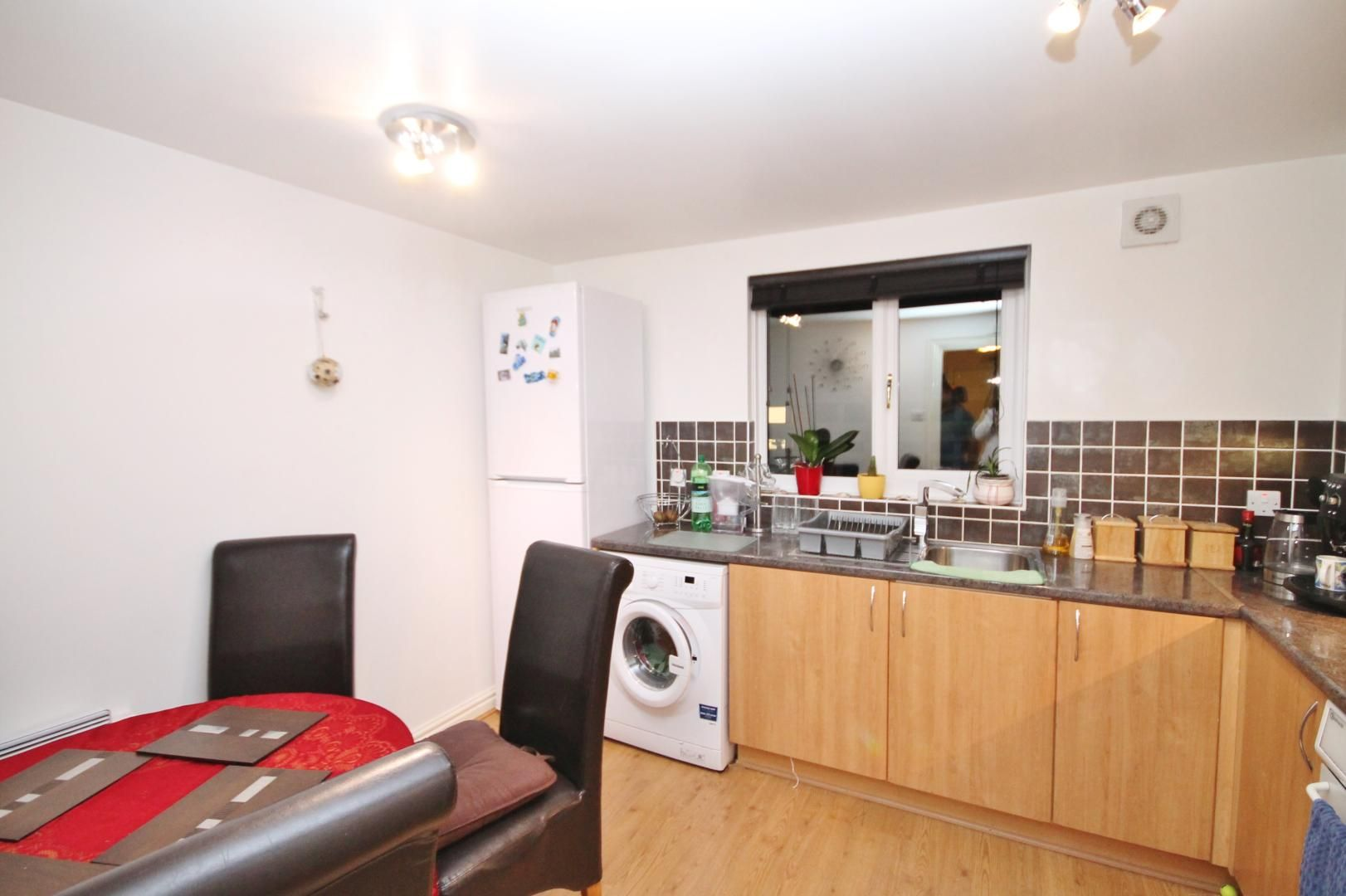 2 bed flat for sale in Thomas Cribb Mews  - Property Image 6