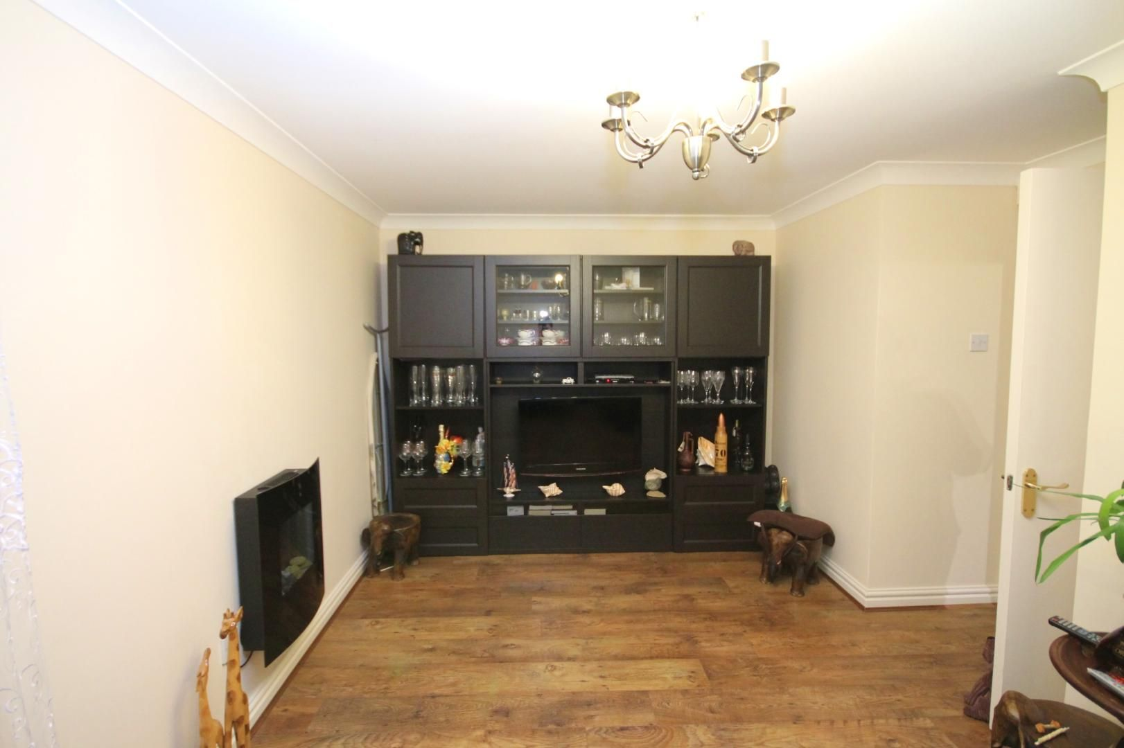 2 bed flat for sale in Thomas Cribb Mews  - Property Image 7