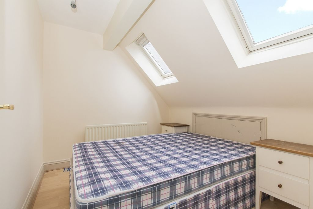 4 bed house to rent in Westferry Road  - Property Image 9