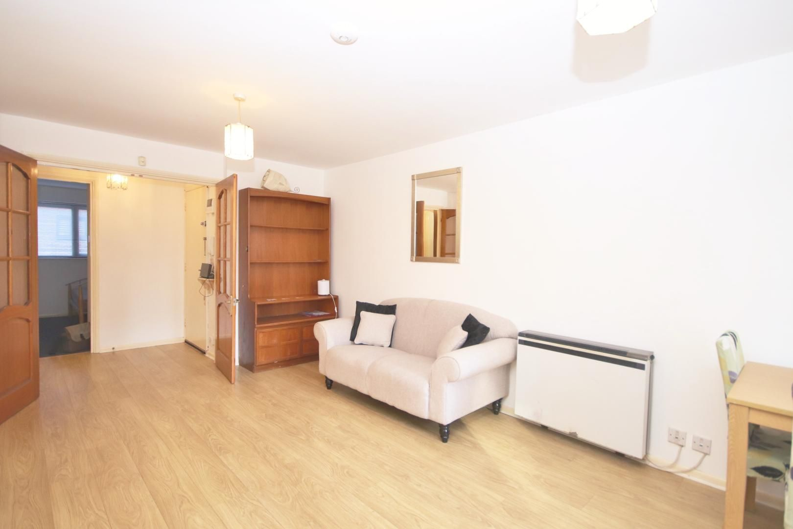 2 bed flat to rent in Transom Square  - Property Image 1