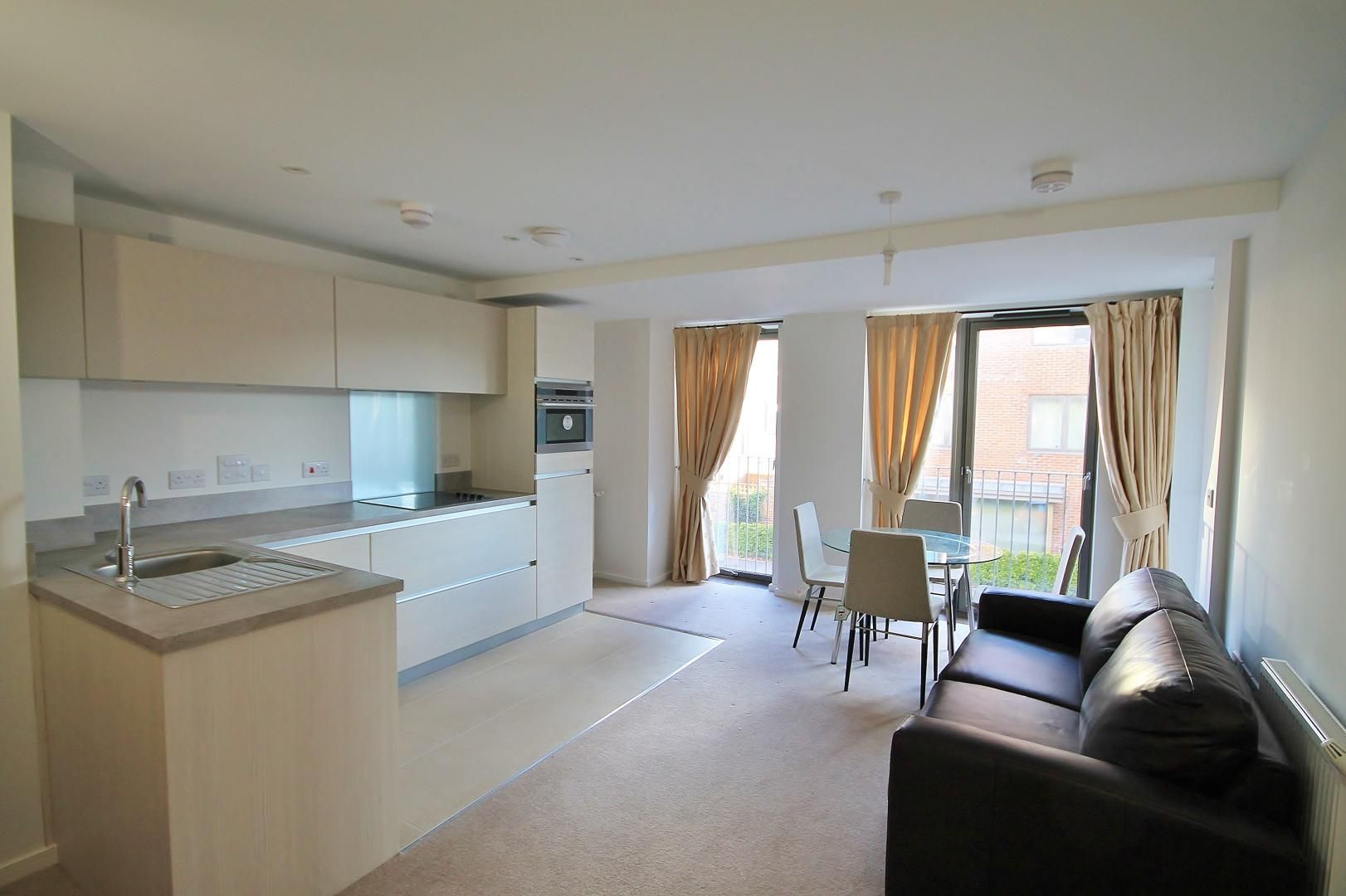 1 bed flat to rent in Hammersley Road  - Property Image 2