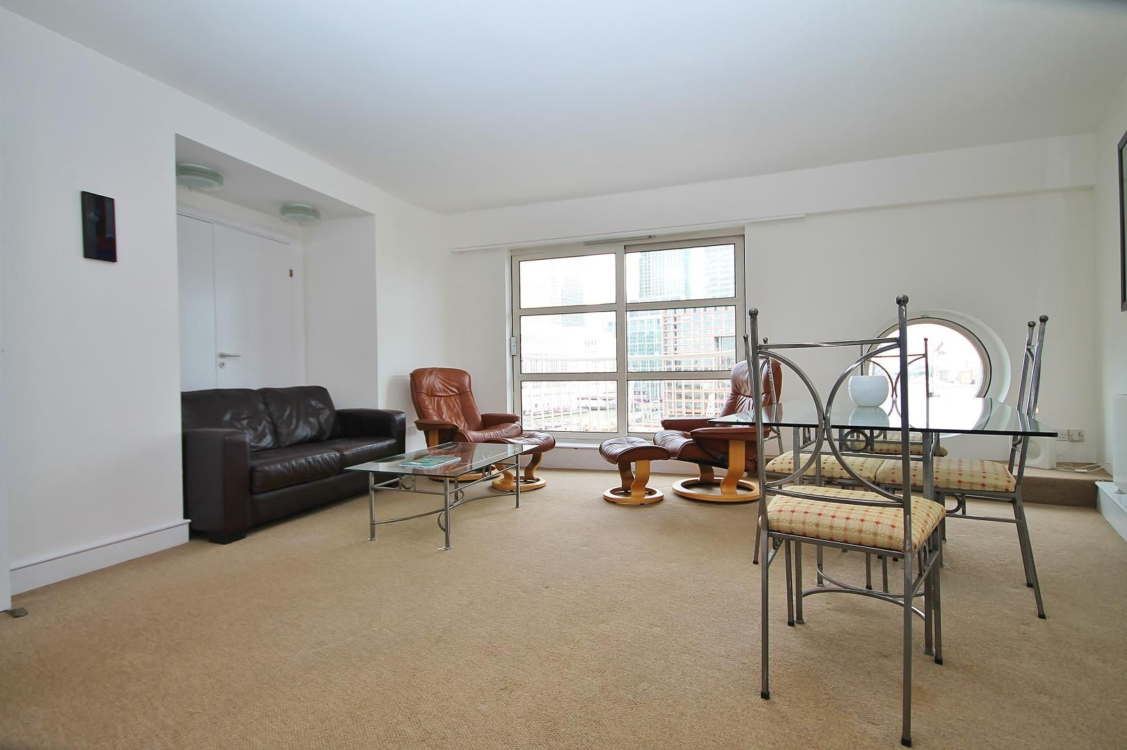 2 bed flat to rent in Westferry Road  - Property Image 4