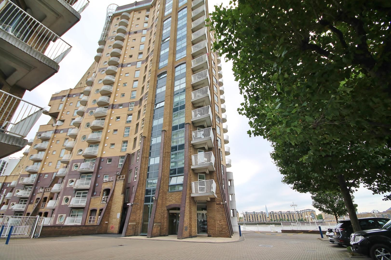2 bed flat to rent in Westferry Road  - Property Image 8