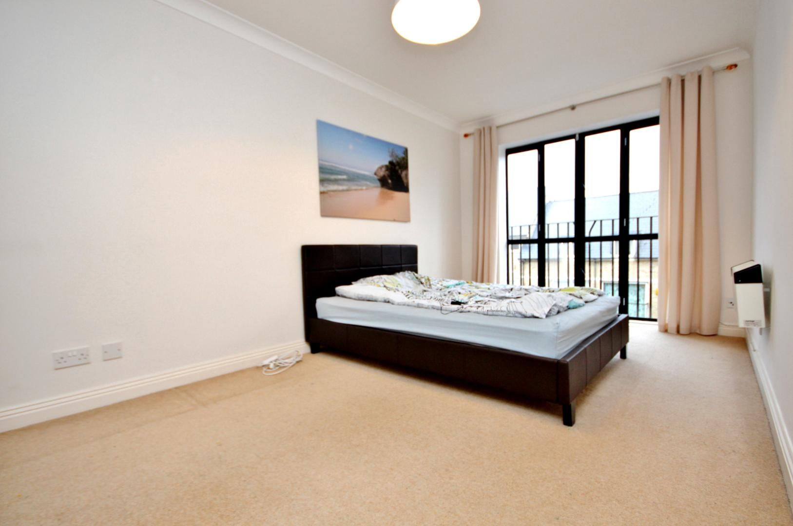 2 bed flat to rent in Brunel House  - Property Image 4