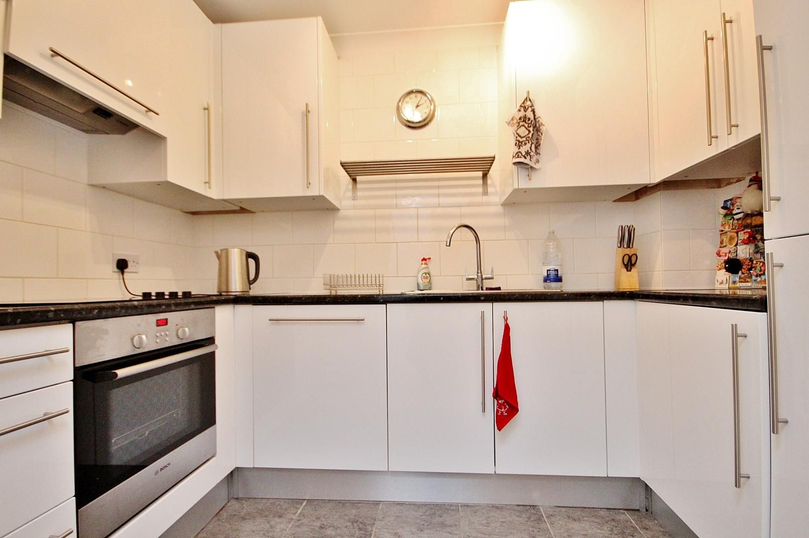 2 bed flat to rent in Brunel House  - Property Image 7