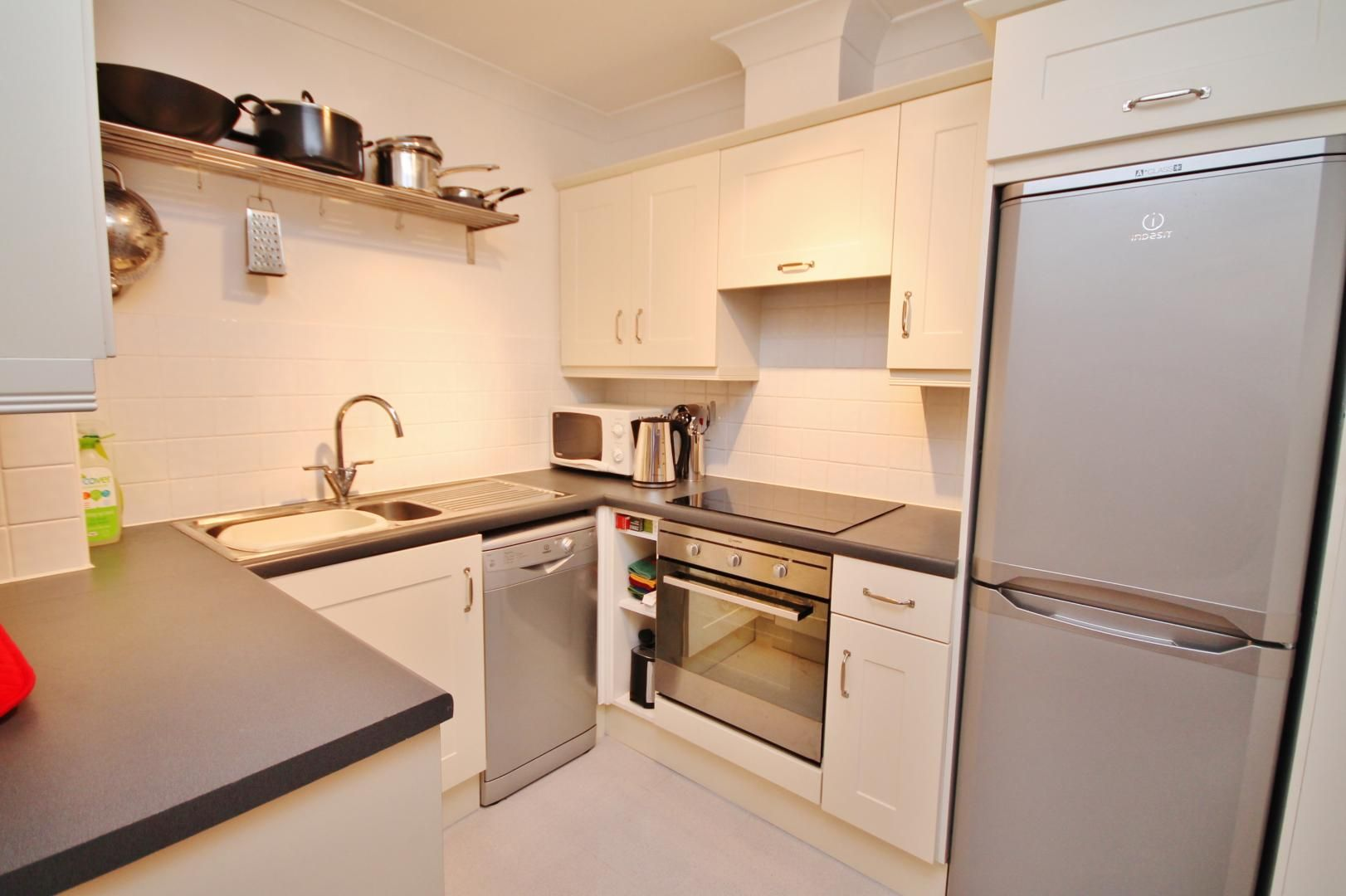 1 bed flat to rent in Ship Yard  - Property Image 3