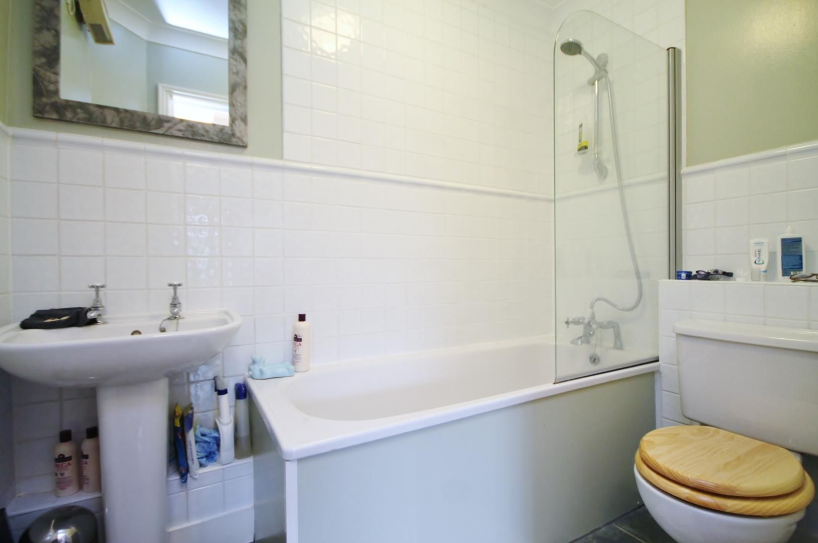 1 bed flat to rent in Ship Yard  - Property Image 8