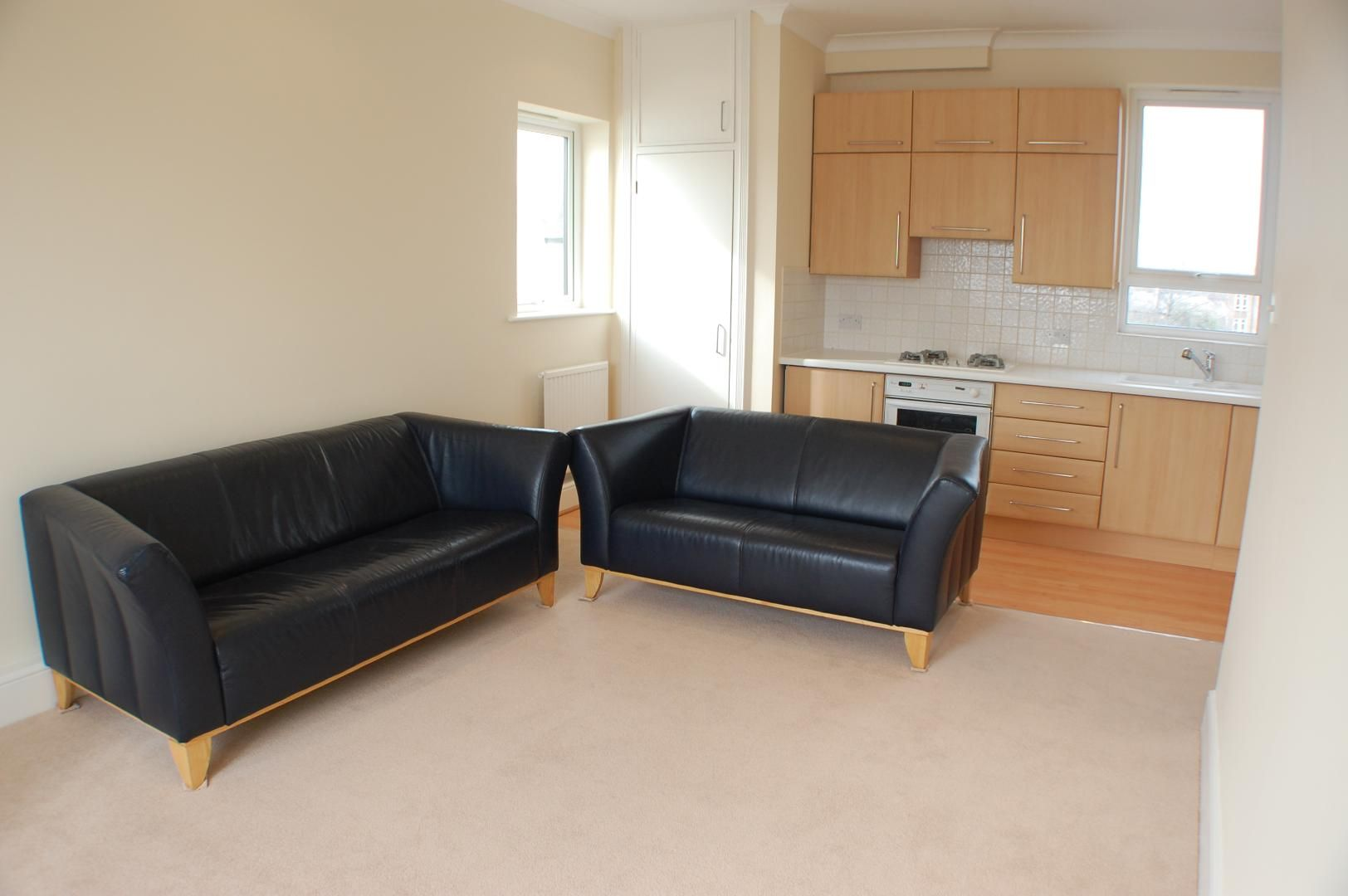 2 bed  to rent in Caledonian Wharf  - Property Image 3