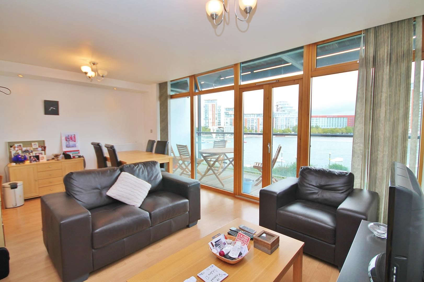 1 bed flat to rent in Hanover Avenue - Property Image 1