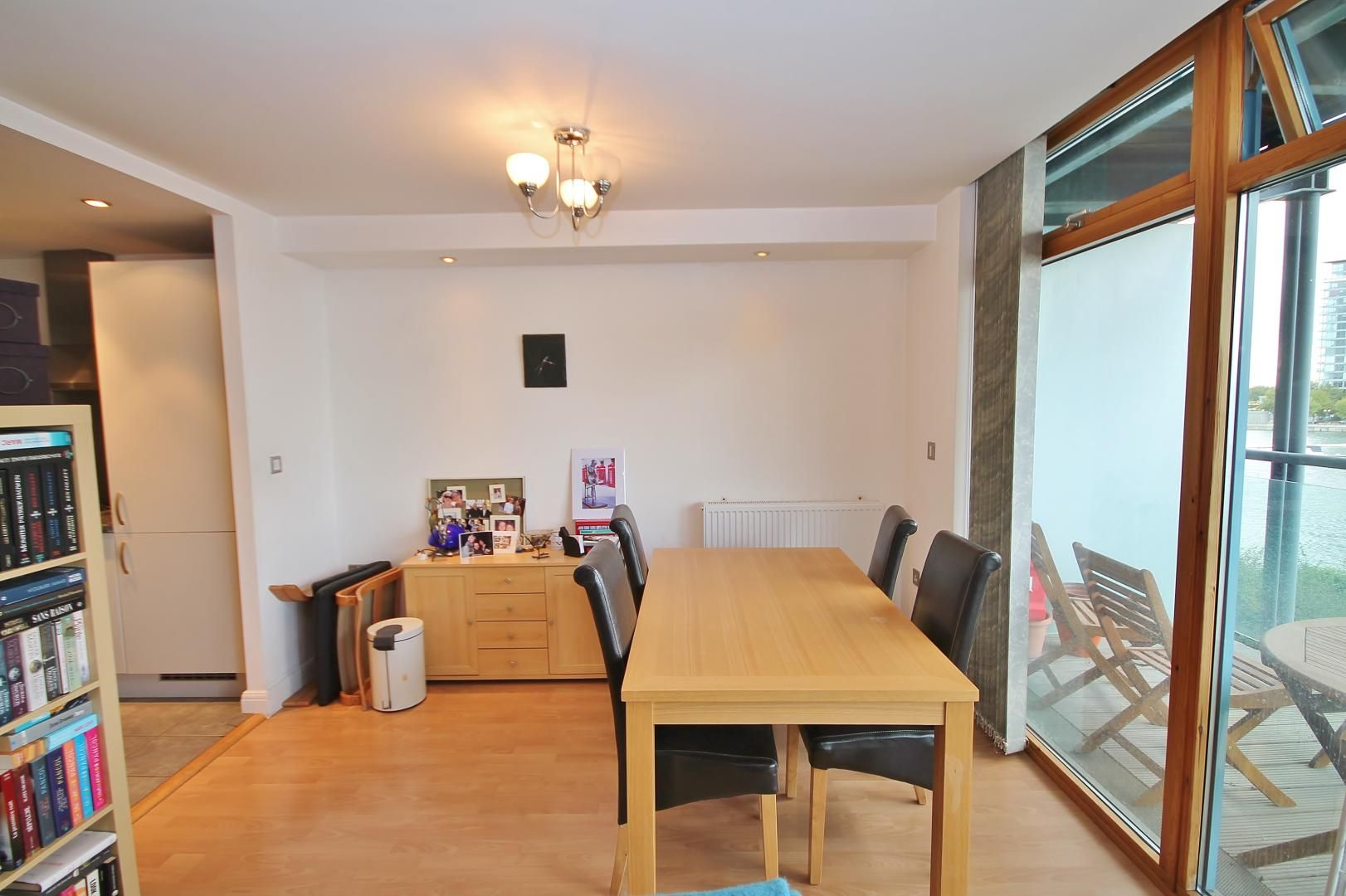 1 bed flat to rent in Hanover Avenue  - Property Image 3