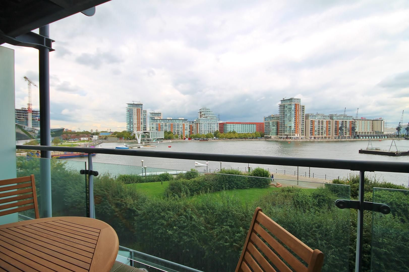 1 bed flat to rent in Hanover Avenue  - Property Image 5
