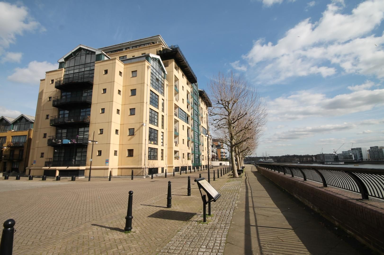 2 bed flat to rent in Chart House  - Property Image 11