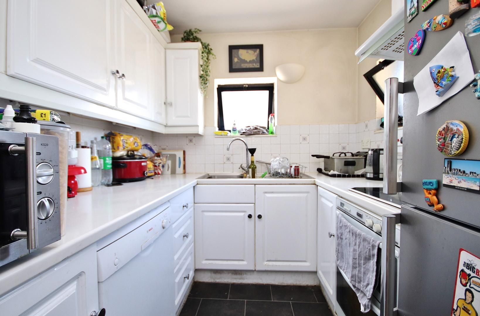 2 bed flat to rent in Chart House  - Property Image 3