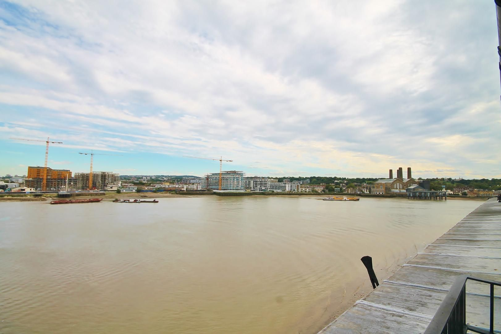2 bed flat to rent in Cubitt Wharf  - Property Image 12