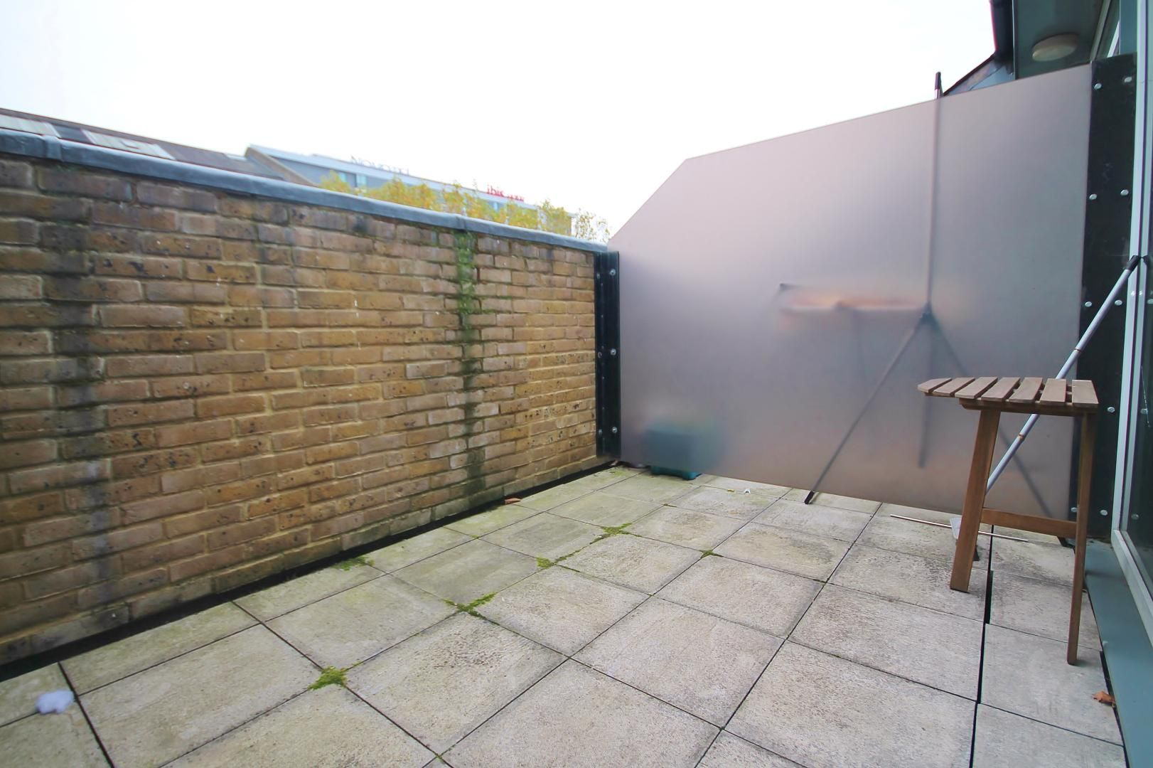 3 bed flat for sale in Western Gateway  - Property Image 7