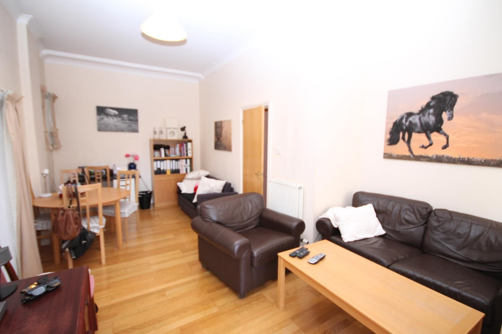 1 bed flat to rent in Burrells Wharf Square  - Property Image 2