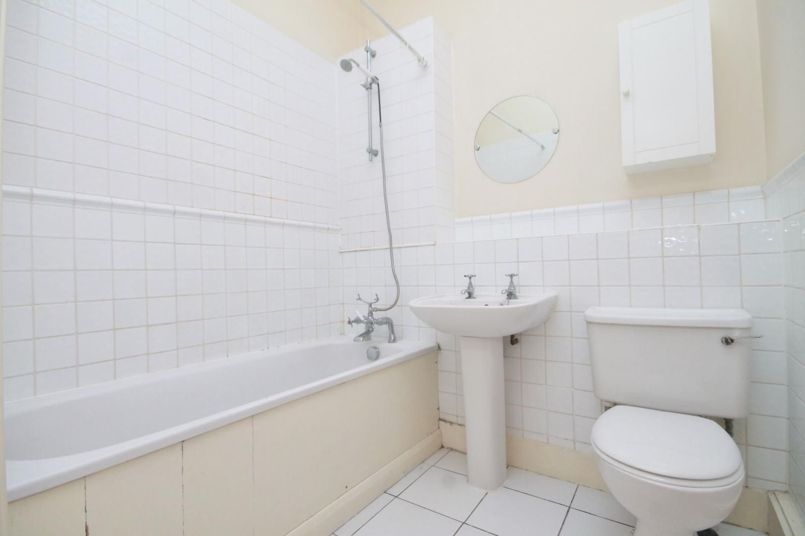 1 bed flat to rent in Slipway House  - Property Image 4