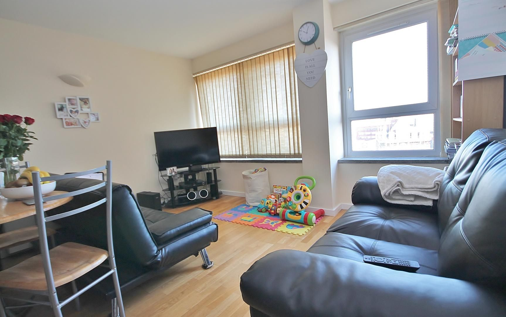 1 bed  to rent in Calderwood Street  - Property Image 2