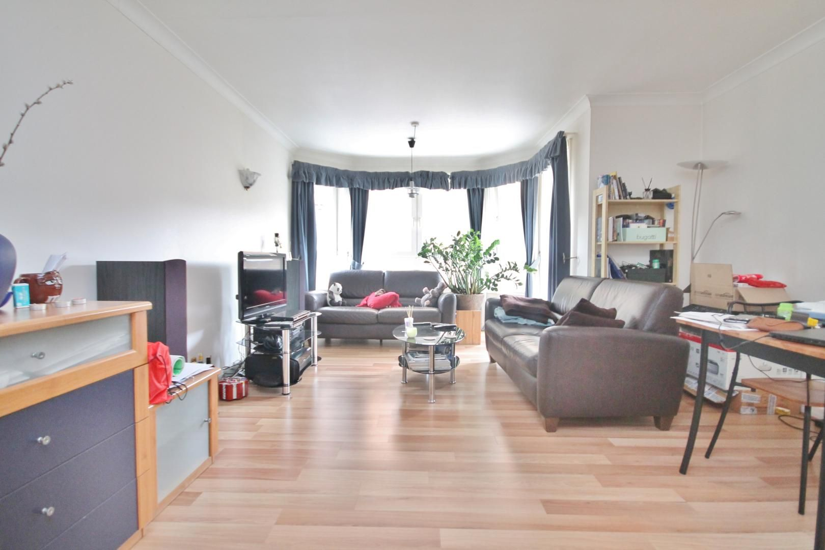 1 bed flat to rent in Aphrodite Court, E14