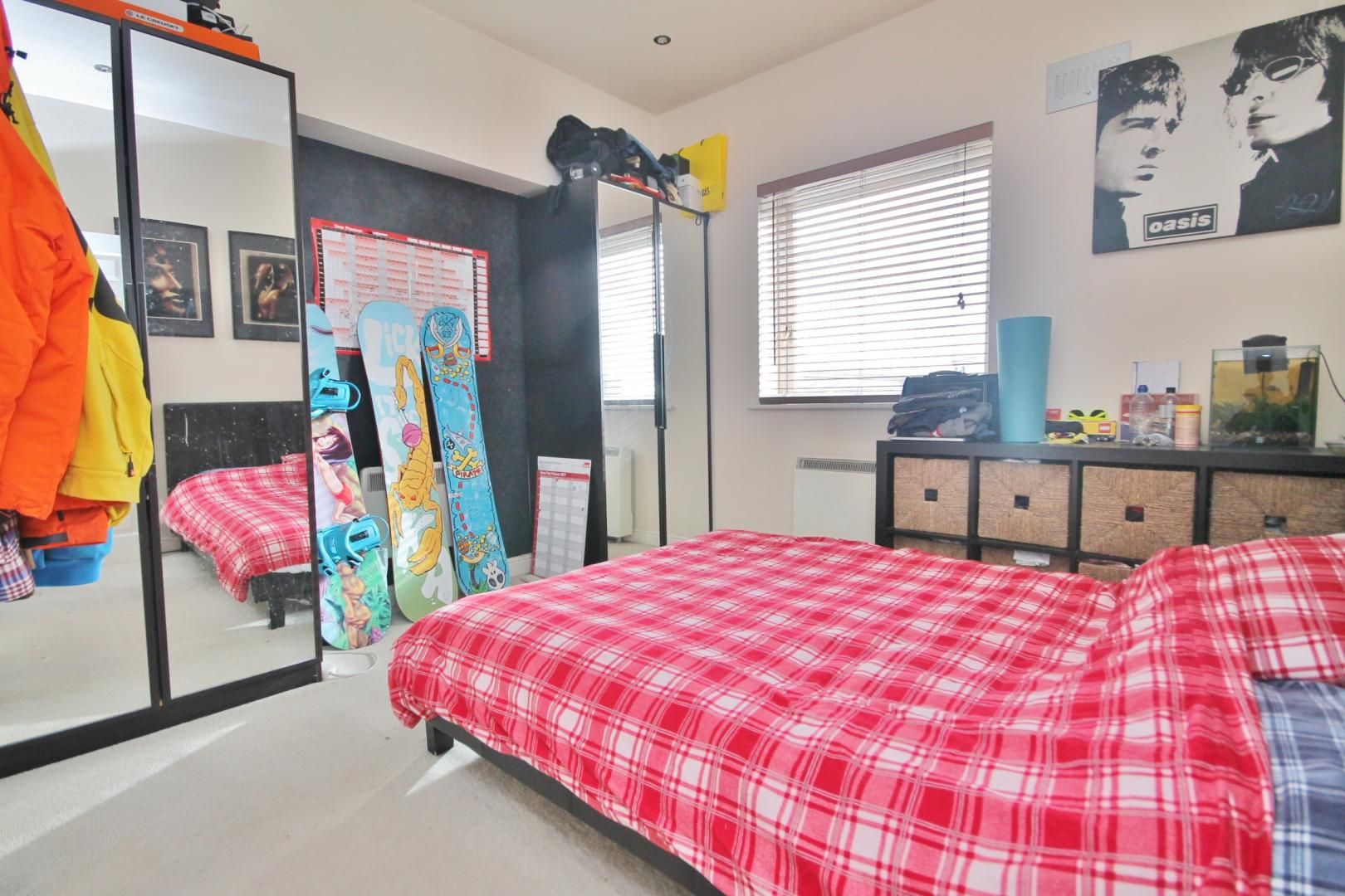 2 bed flat to rent in Felixstowe Court  - Property Image 2