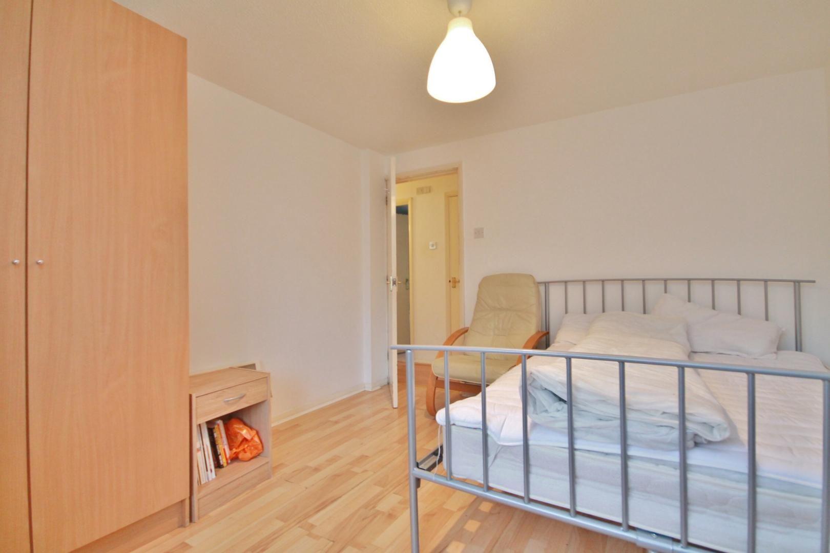 2 bed flat to rent in Stoneyard Lane  - Property Image 5