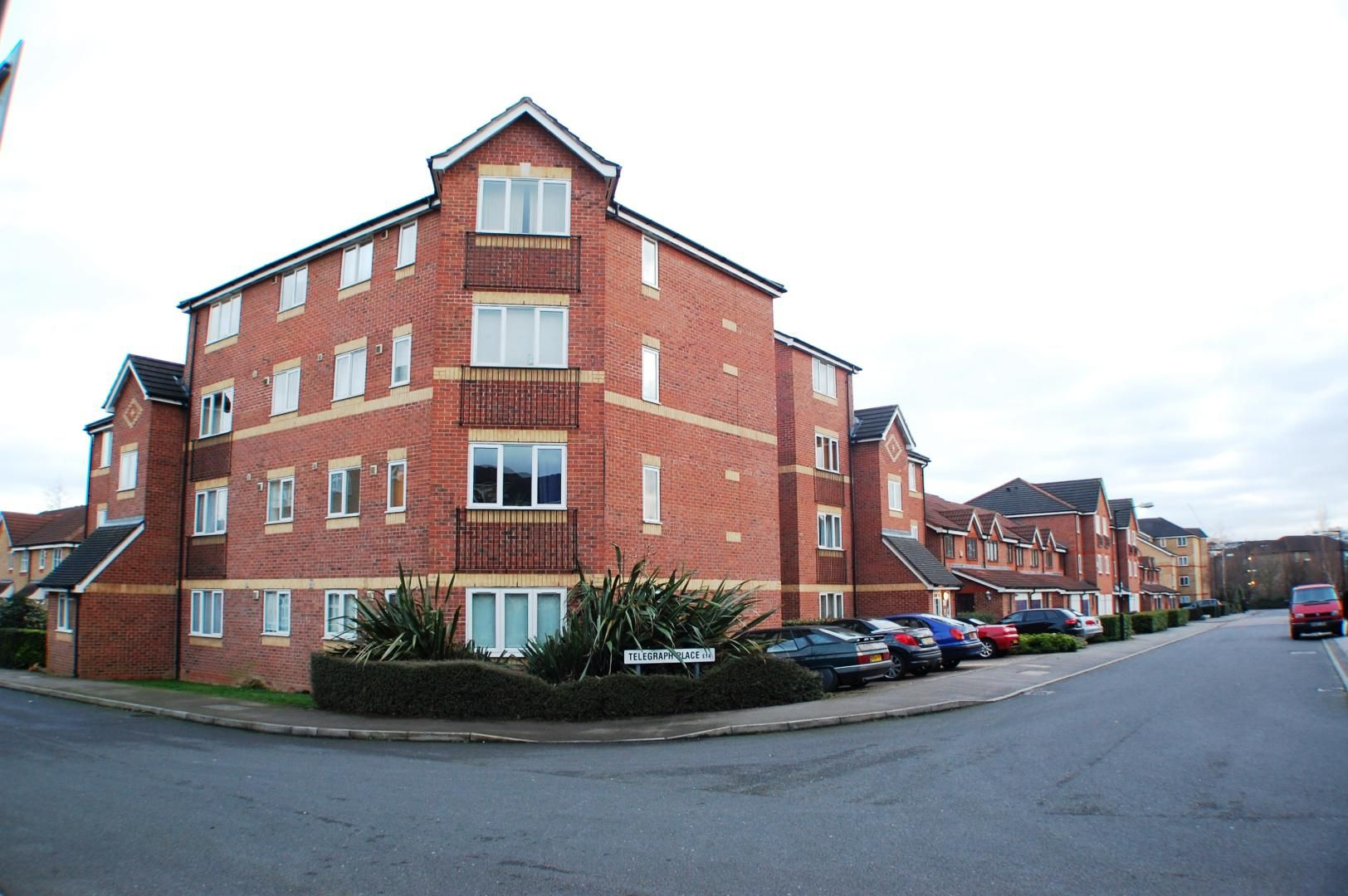 1 bed flat to rent in Telegraph Place  - Property Image 1