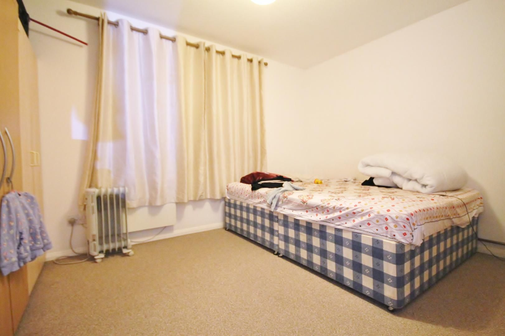1 bed flat to rent in Telegraph Place  - Property Image 3