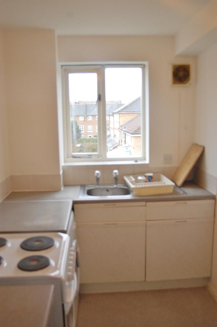 1 bed flat to rent in Telegraph Place  - Property Image 7