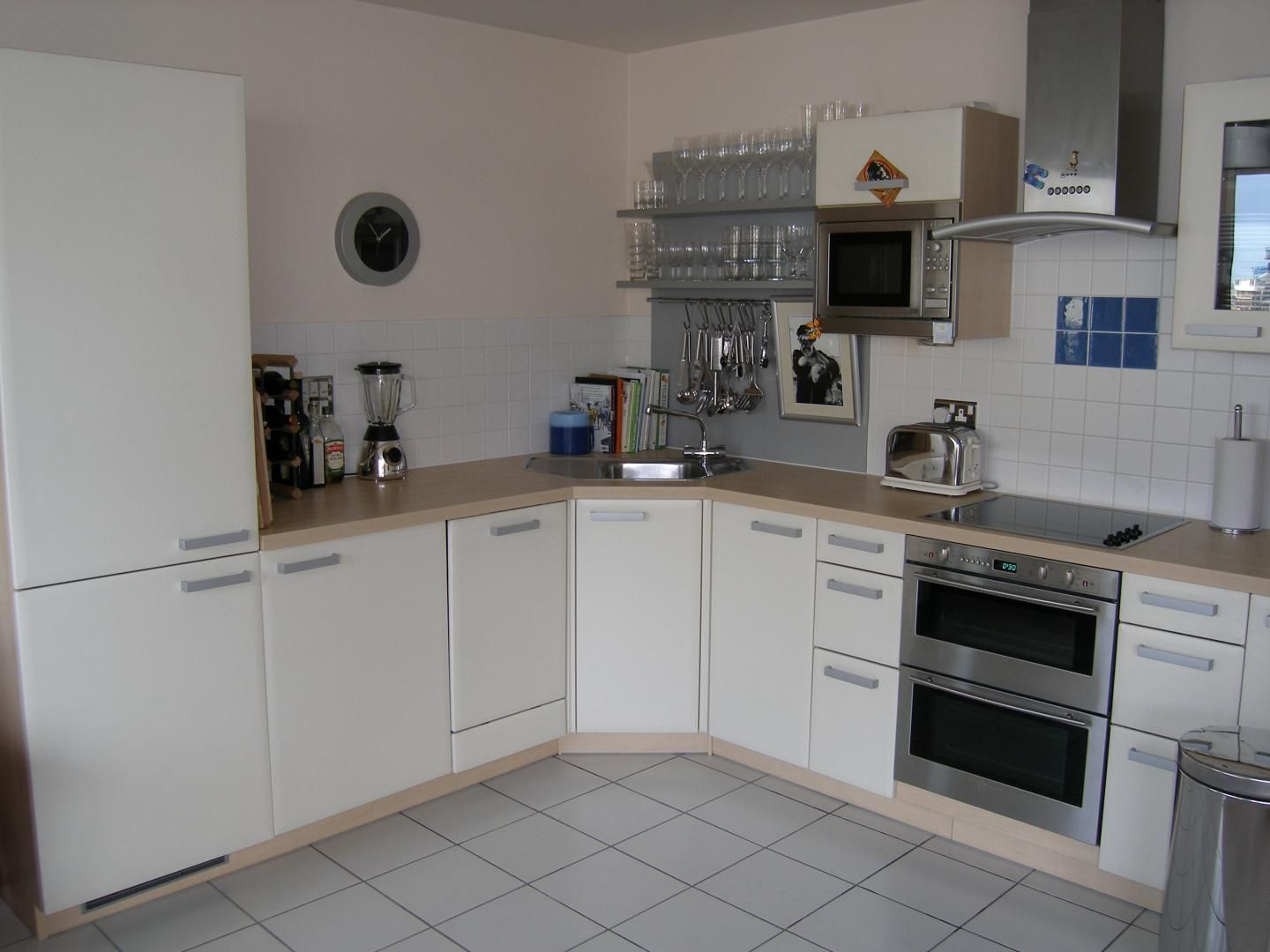 2 bed flat to rent in Wards Wharf Approach  - Property Image 5