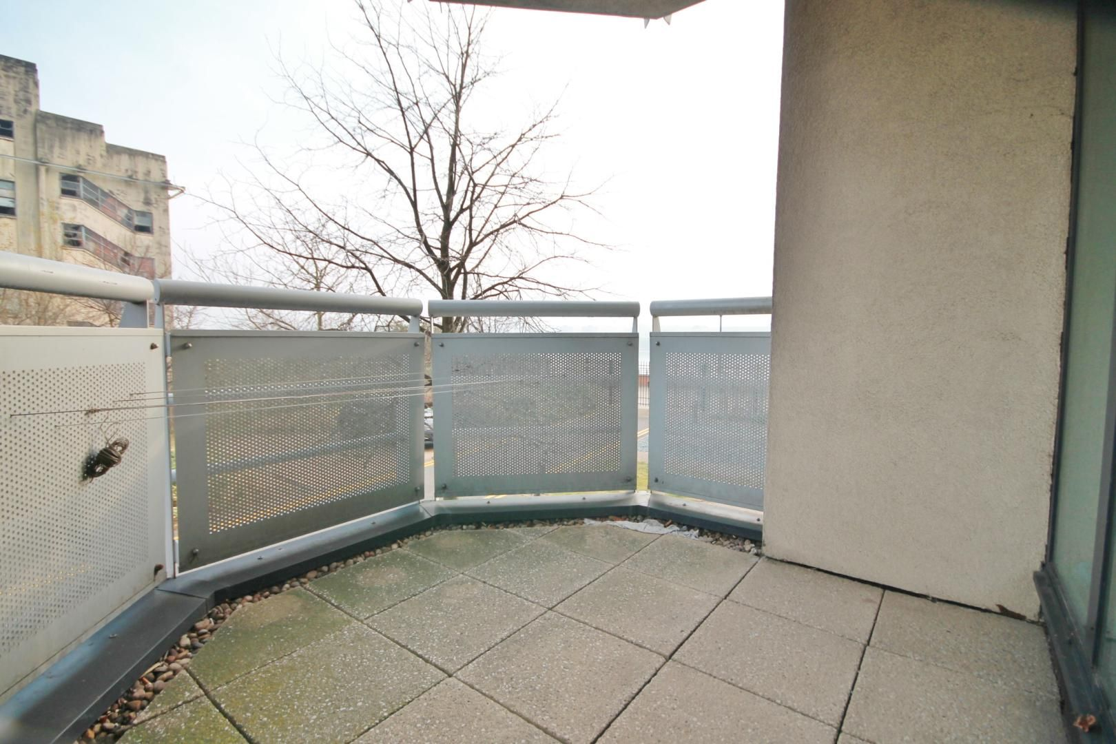 2 bed flat to rent in Wards Wharf Approach  - Property Image 8