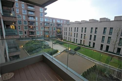 1 bed flat to rent in Agnes George Walk, E16
