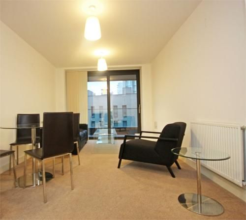 1 bed flat to rent in Connaught Heights  - Property Image 2