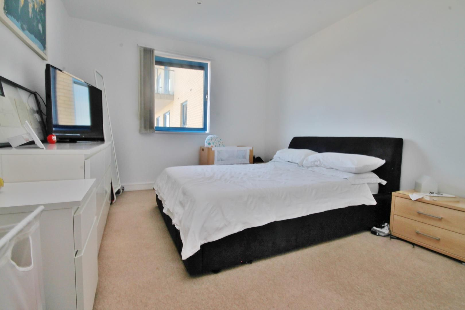 1 bed flat to rent in 14 Western Gateway  - Property Image 3