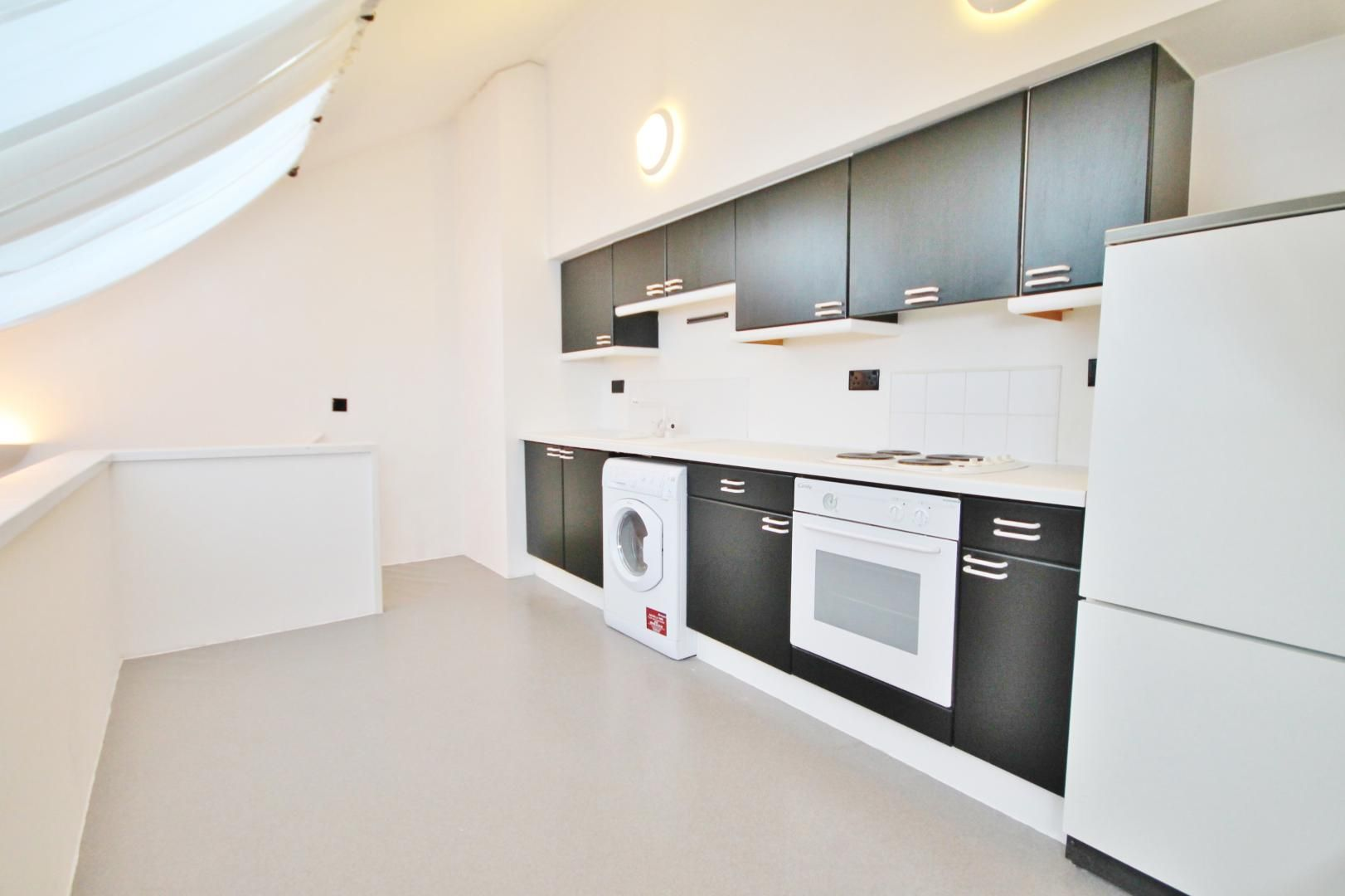 1 bed flat for sale in Plate House  - Property Image 4